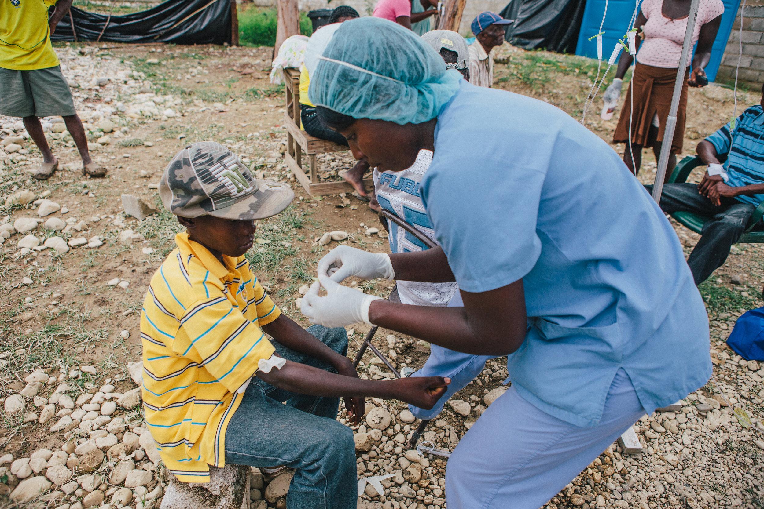 Haiti_Cholera_Healing_Art_Missions_008.jpg