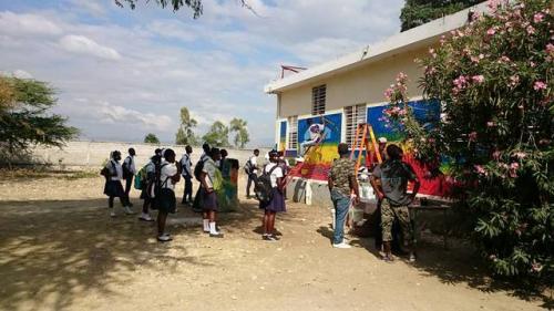 healing_art_missions_haiti_clinic_painting_001.jpg