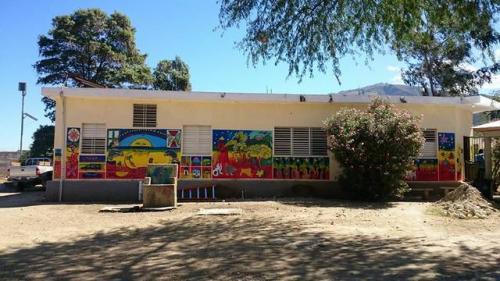 healing_art_missions_haiti_clinic_painting_003.jpg