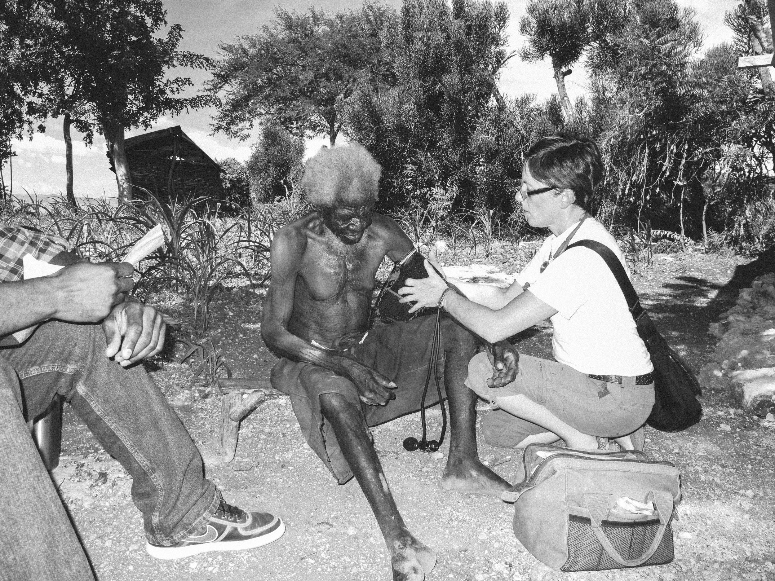 Haiti_Medical_missions_healthcare_healing_art_missions_01.JPG
