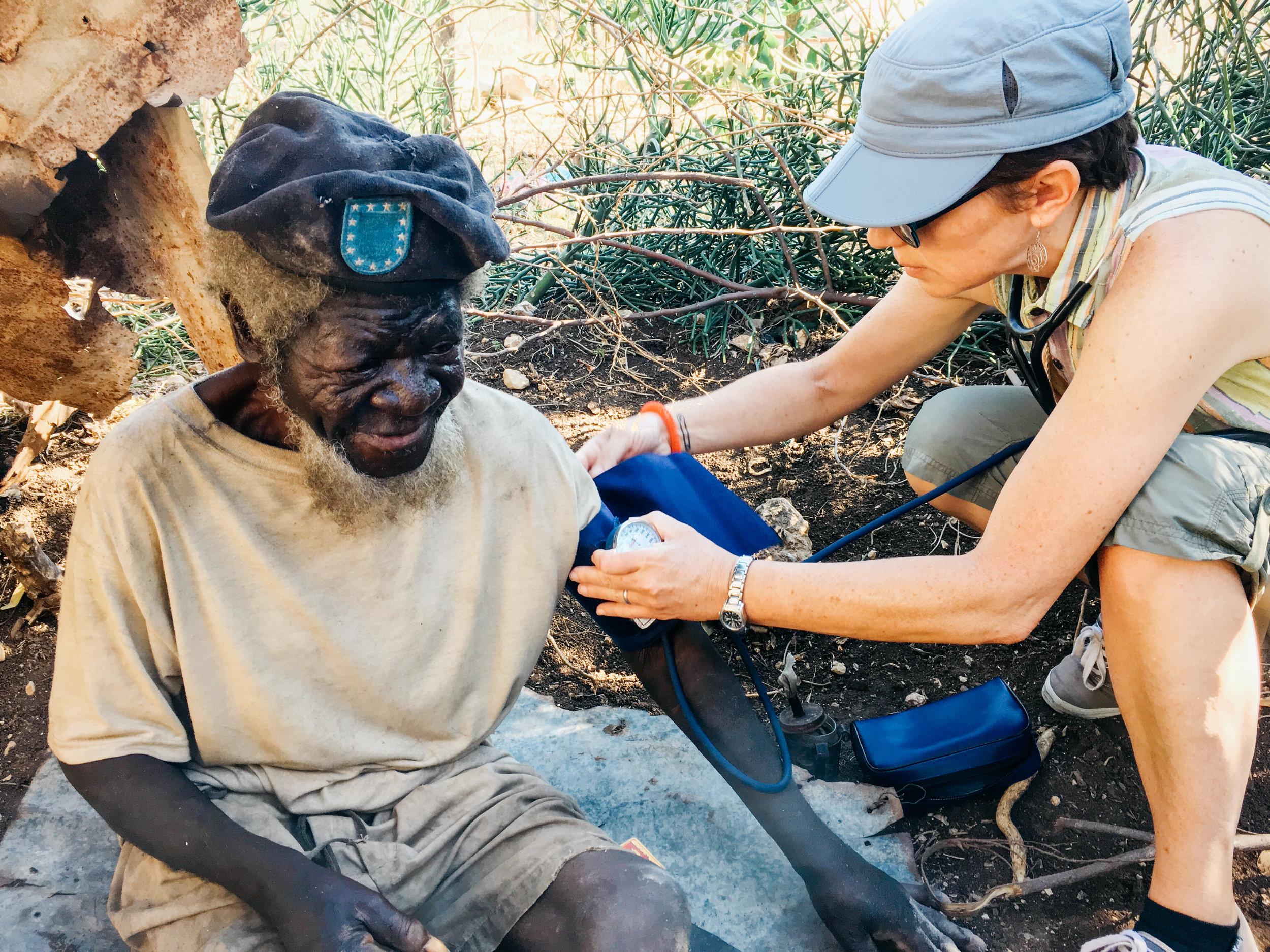Haiti_Medical_missions_healthcare_healing_art_missions_05.JPG