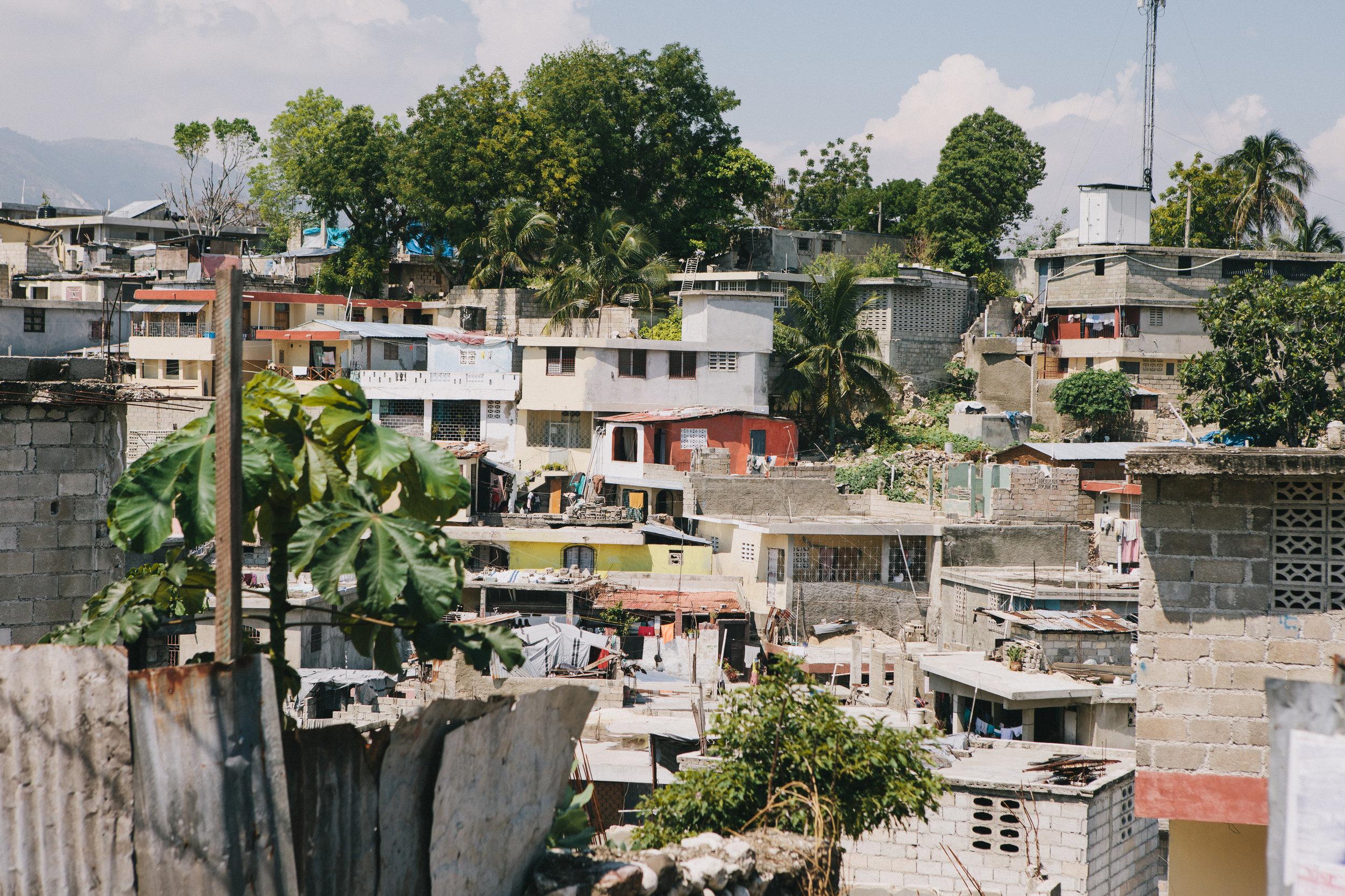 Haiti_street_009.jpg