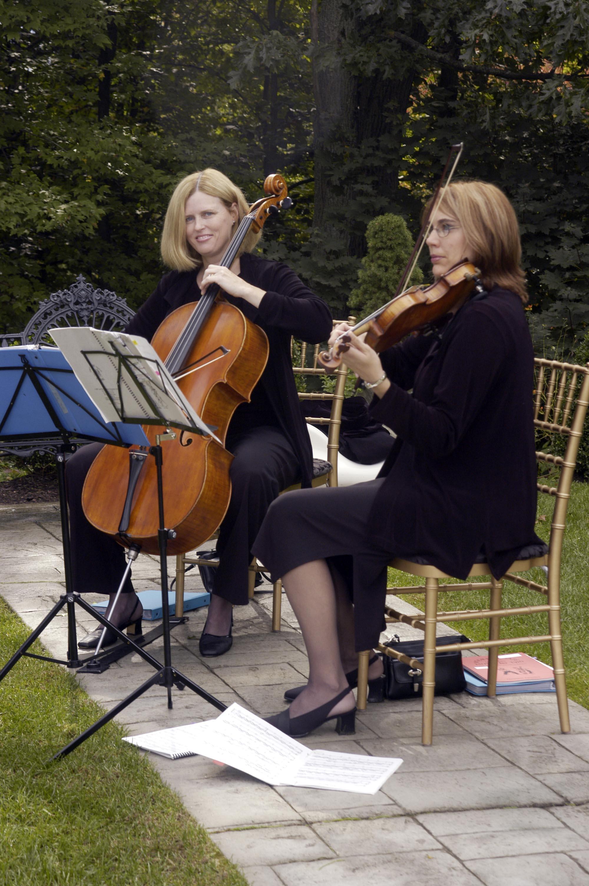 Cello & Violin Duo at the Fox Hill Inn in Brookfield CT