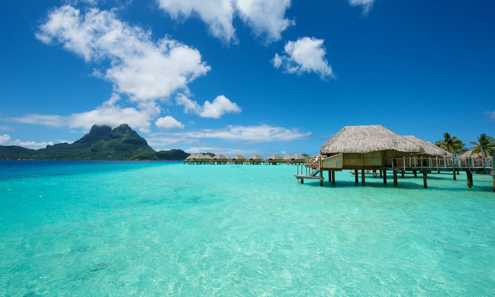 BOBPBR_Overwater_Bungalows3_1000x600_29546.jpg