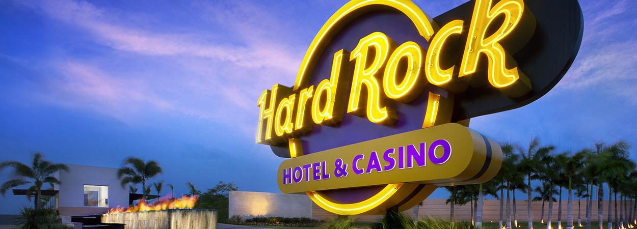 hard_rock_hotel_casino_punta_cana_entrance.jpg
