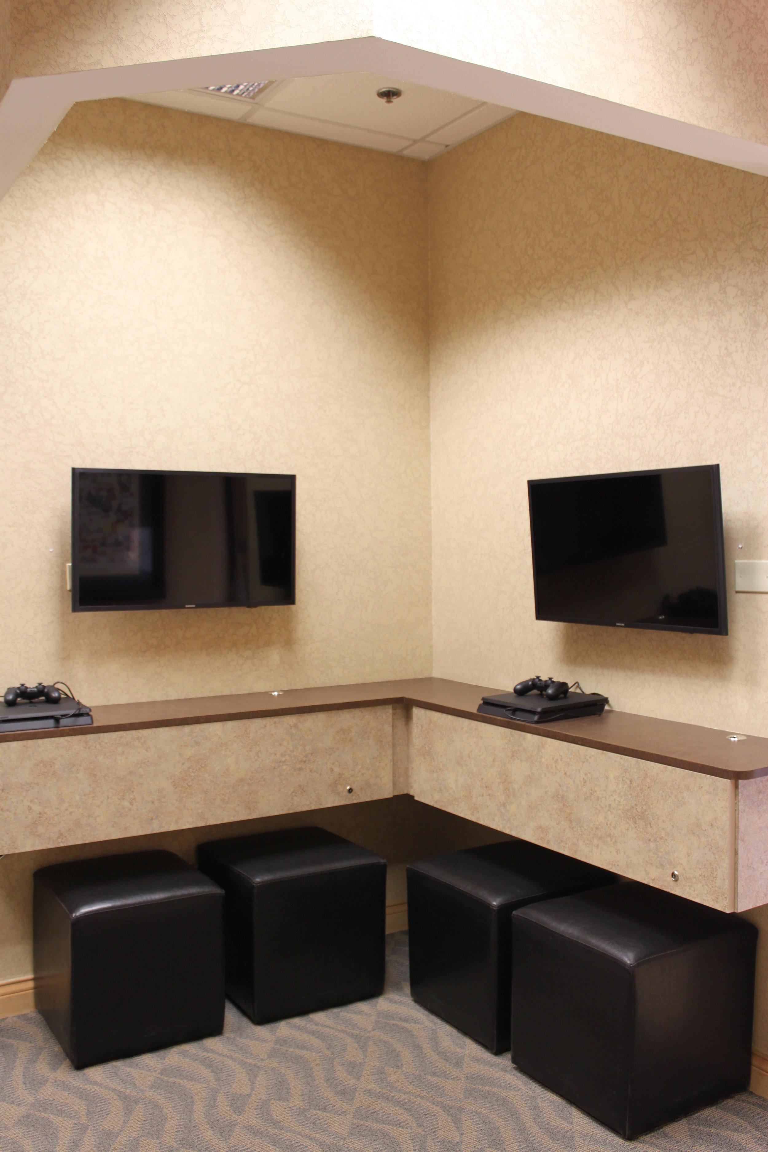 Orthodontic Gaming Area.JPG