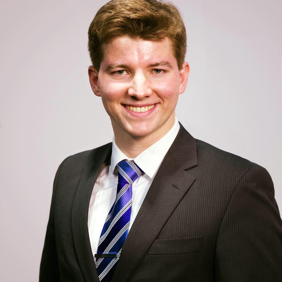 Nicholas Johnson    Founder & Executive Board Director   Email: njohnson@probonoeconos.org