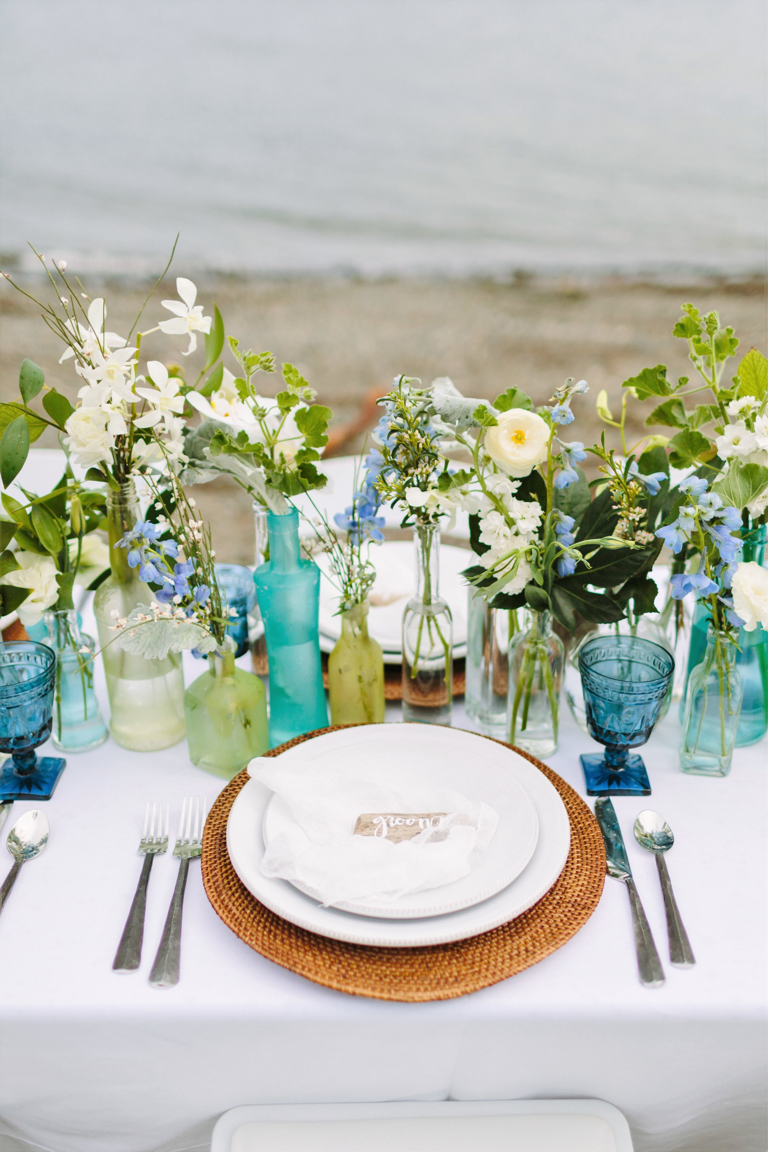 beach-wedding-table-decor.jpg