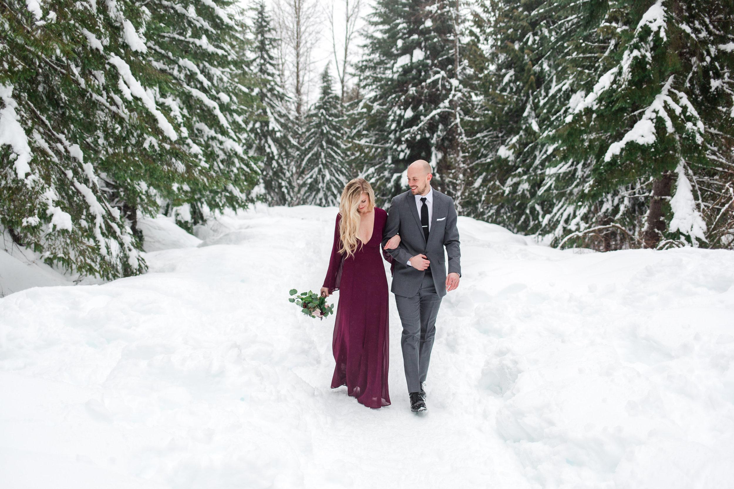 snoqualmie-pass-engagement-photos
