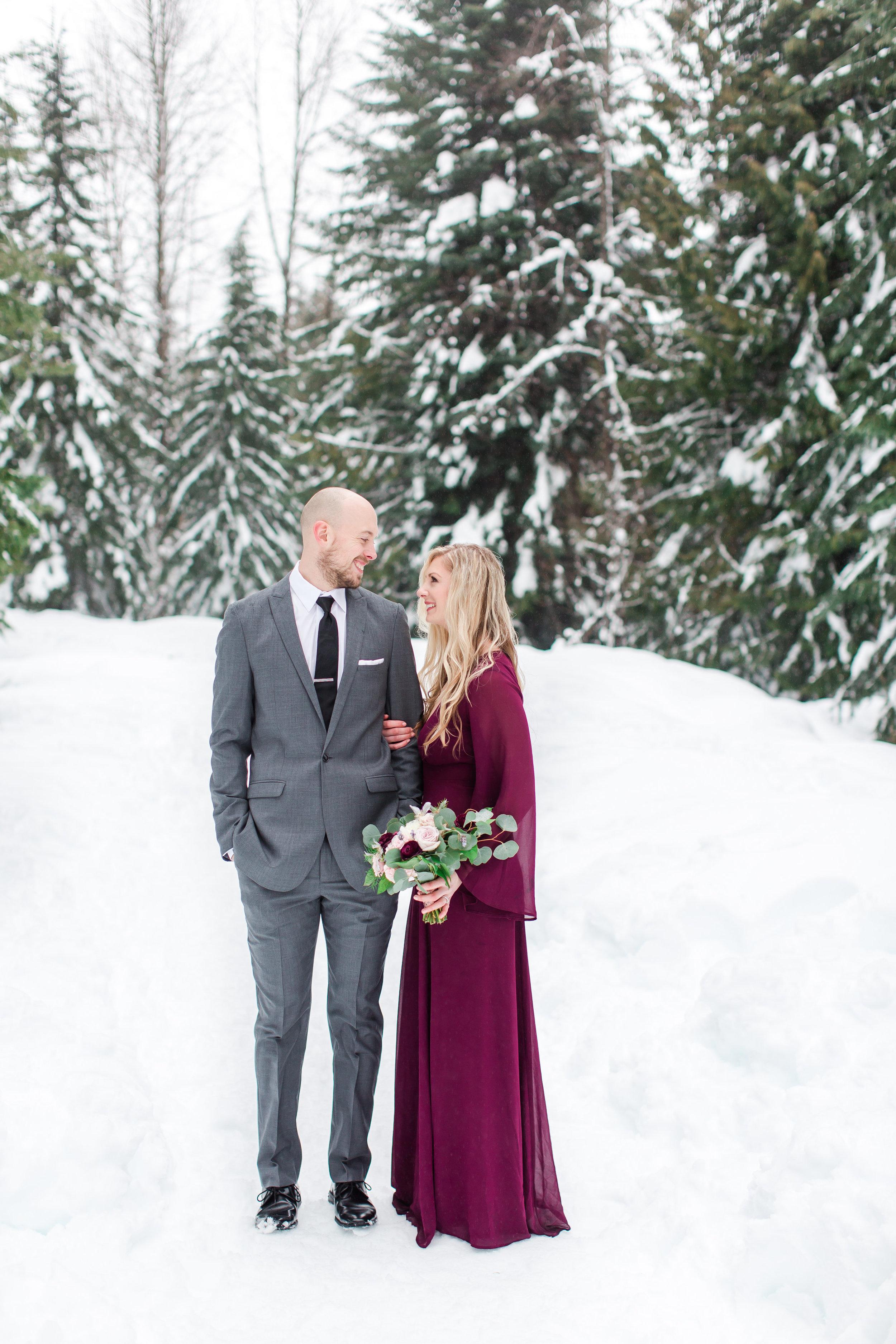 engagement-photos-snow