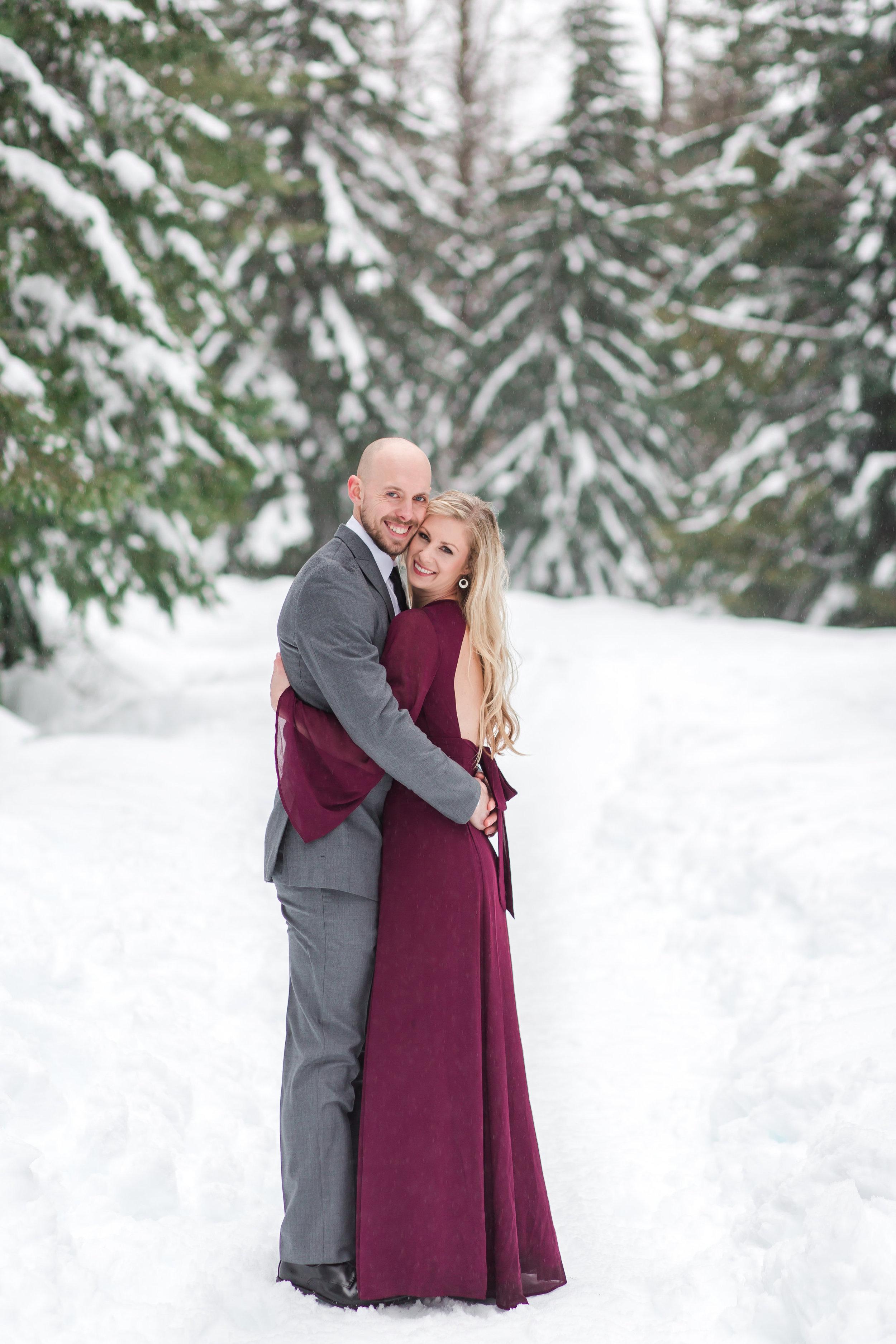 elegant-engagement-photos