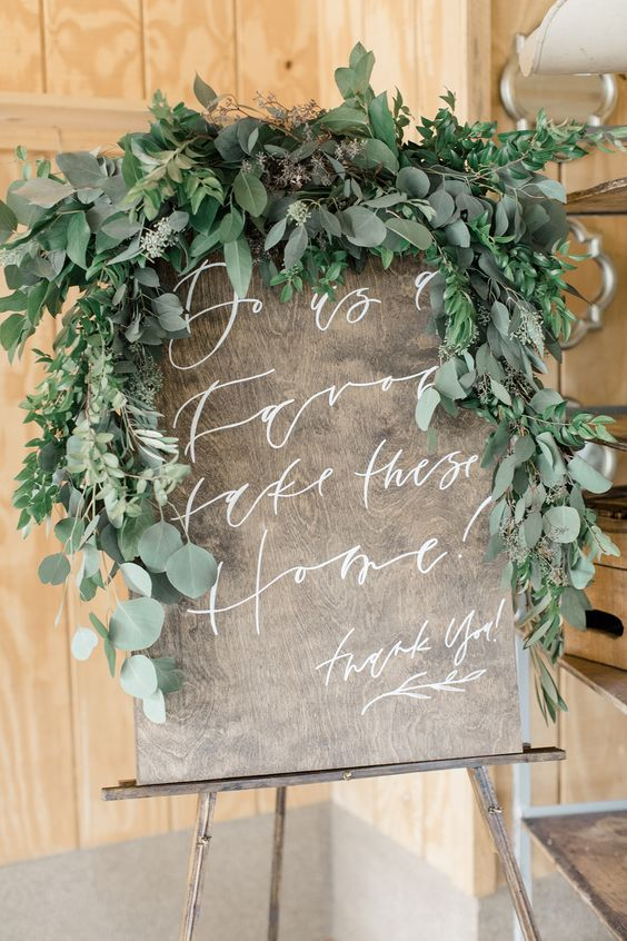 wedding welcome sign decor
