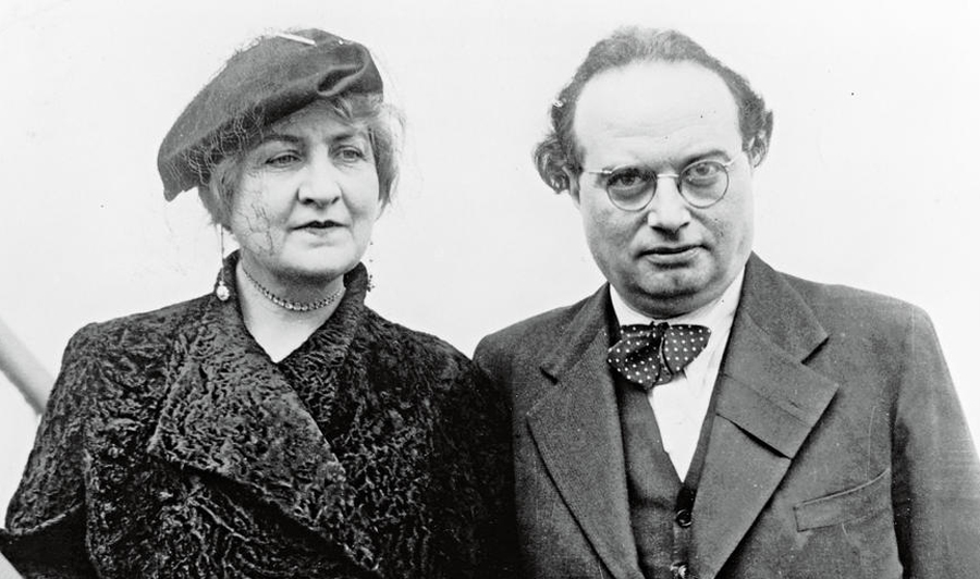 Franz Werfel and Alma Mahler, see   the article %22BBC presents special report on Franz Werfel's 'The Forty   Days of Musa Dagh' at the online Armenian newspaper Hayern Aysor (photo   courtesy of Hayernaysor.am).jpg