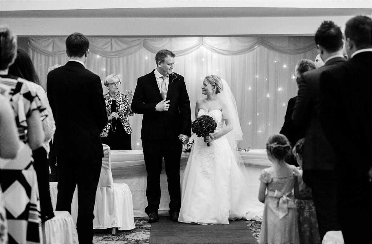 dan_emma_wedding_0015.jpg