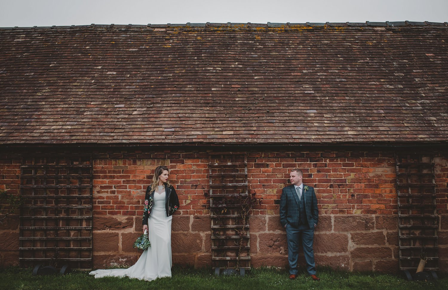 tom_megan_curradine_barns_wedding_0090.jpg
