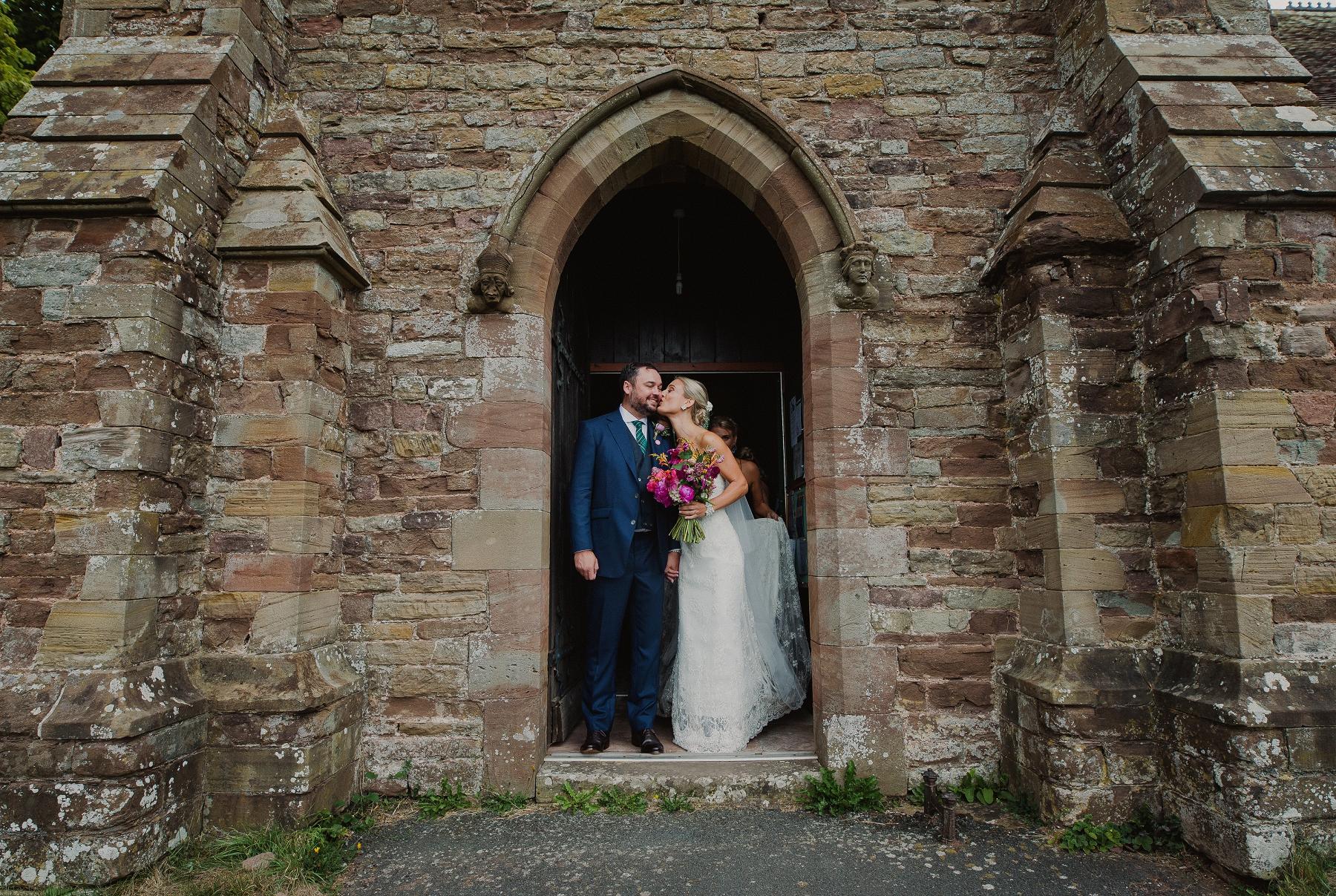 andy_jennie_orleton_court_wedding_0046.jpg