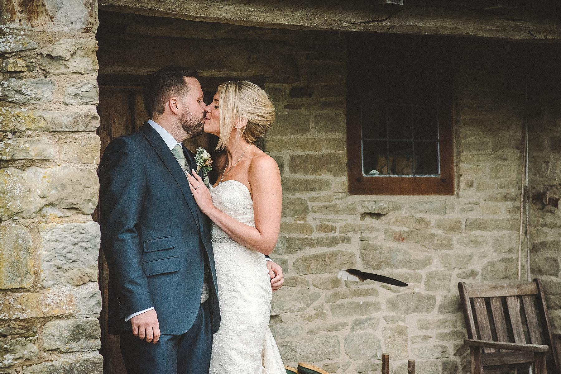 chris_keely_downton_lodge_wedding_0076.jpg