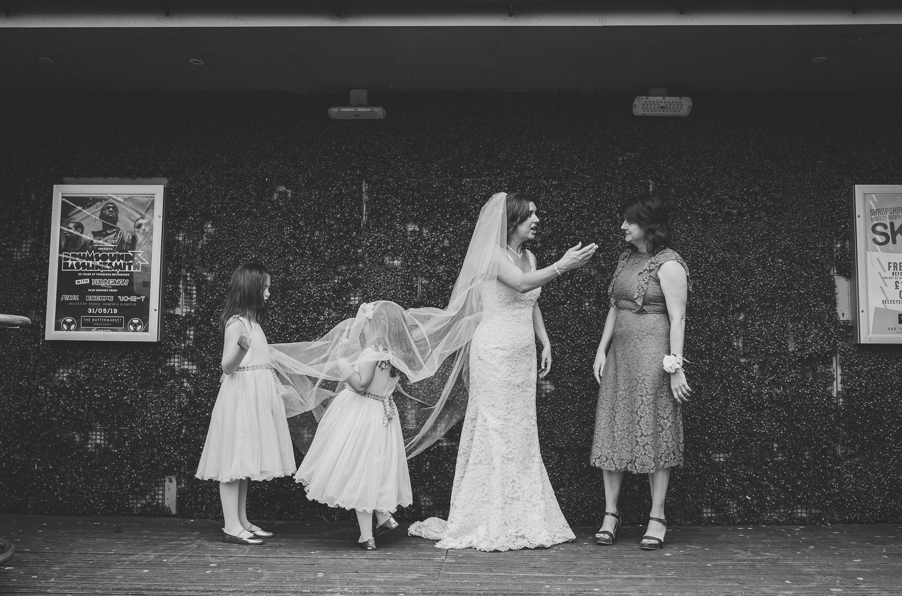 emma_steffan_wedding_buttermarket_0111.jpg
