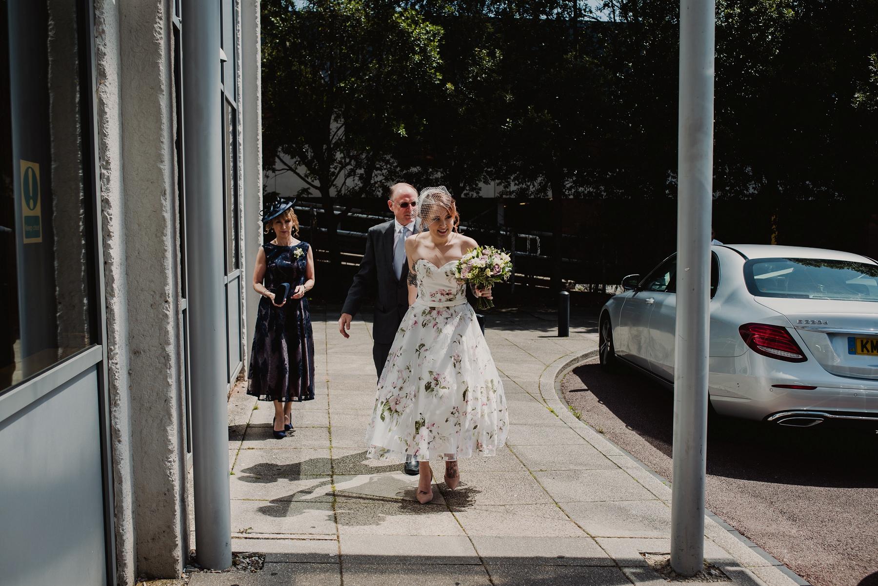 danny_alex_wedding_tease_0017.jpg