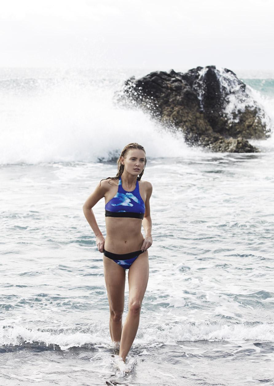 Bañadores sostenibles diseñados y elaborados con materiales hechos con plásticos reciclados encontrados en la costa. No nos puede encantar más este proyecto que recupera las playas para que podamos seguir disfrutándolas. Comodos para usarlos si hacer surf ese día que no te apetece ponerte la escanfandra de neopreno.