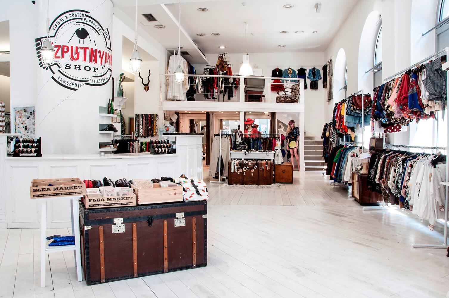 Szputnyik-Shop-D20.jpg