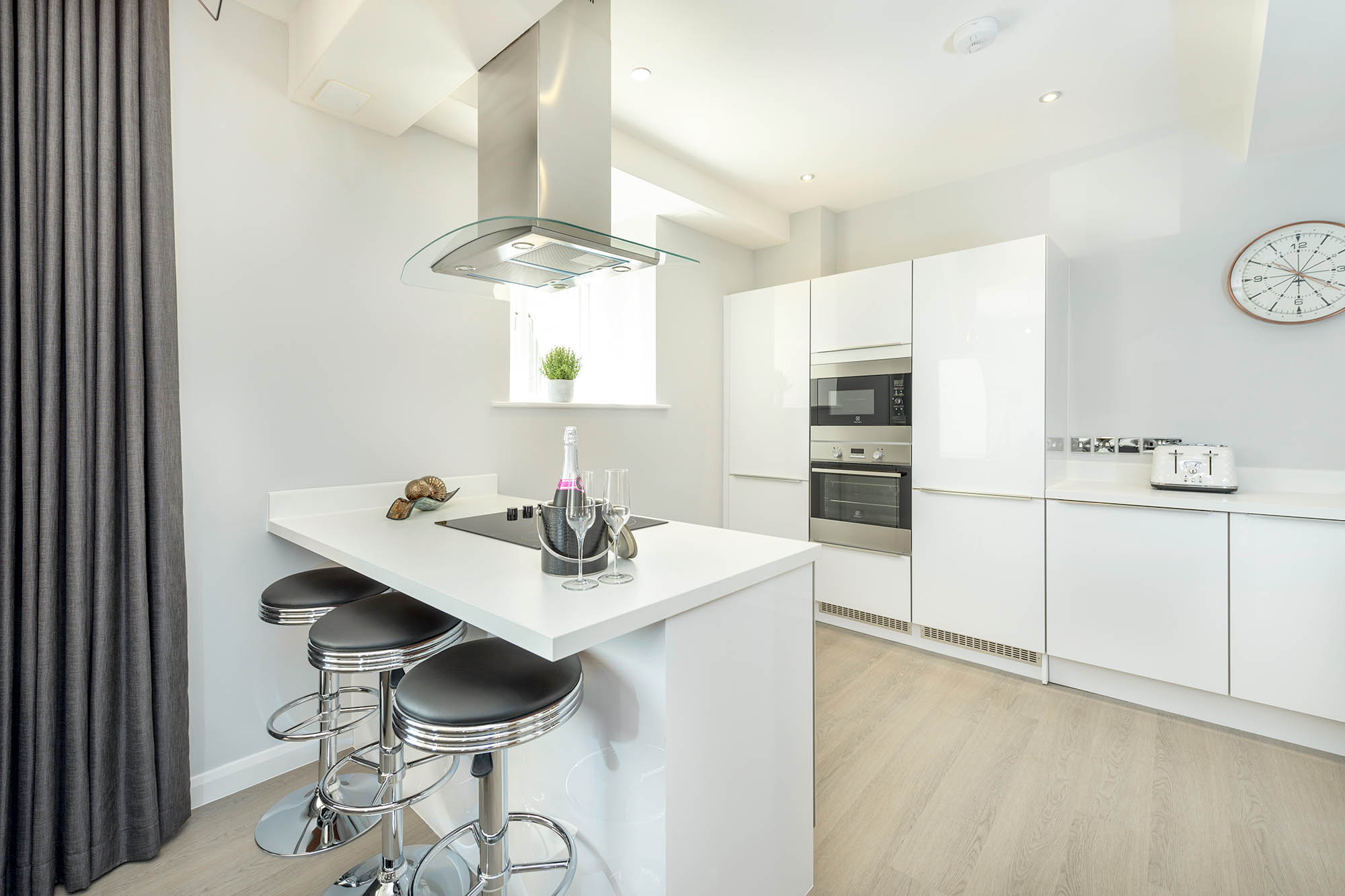 Kitchen 1-web.jpg