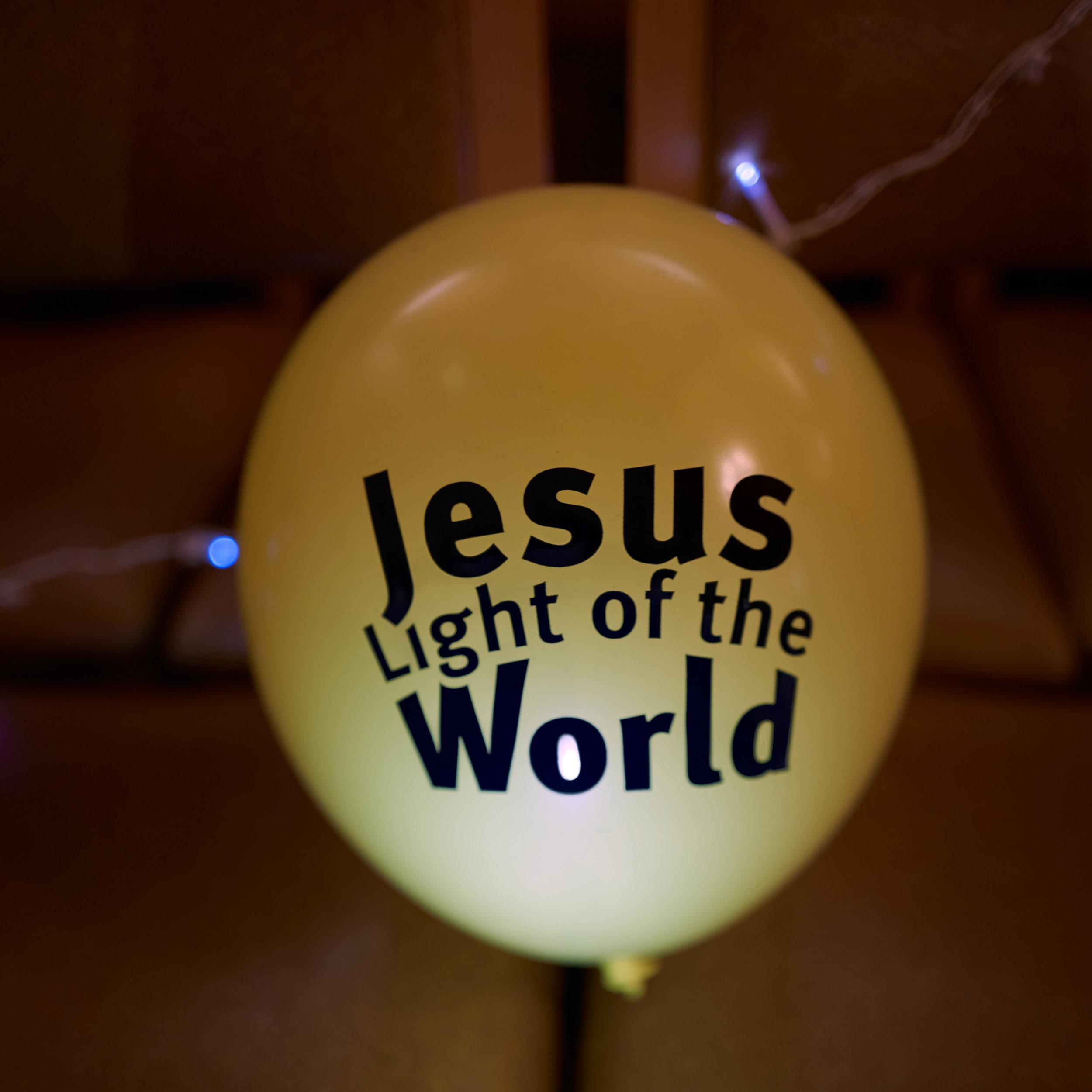 16. 'Jesus light of the world' balloon.jpg