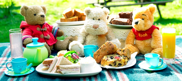 Teddy_bears_picnic.jpg