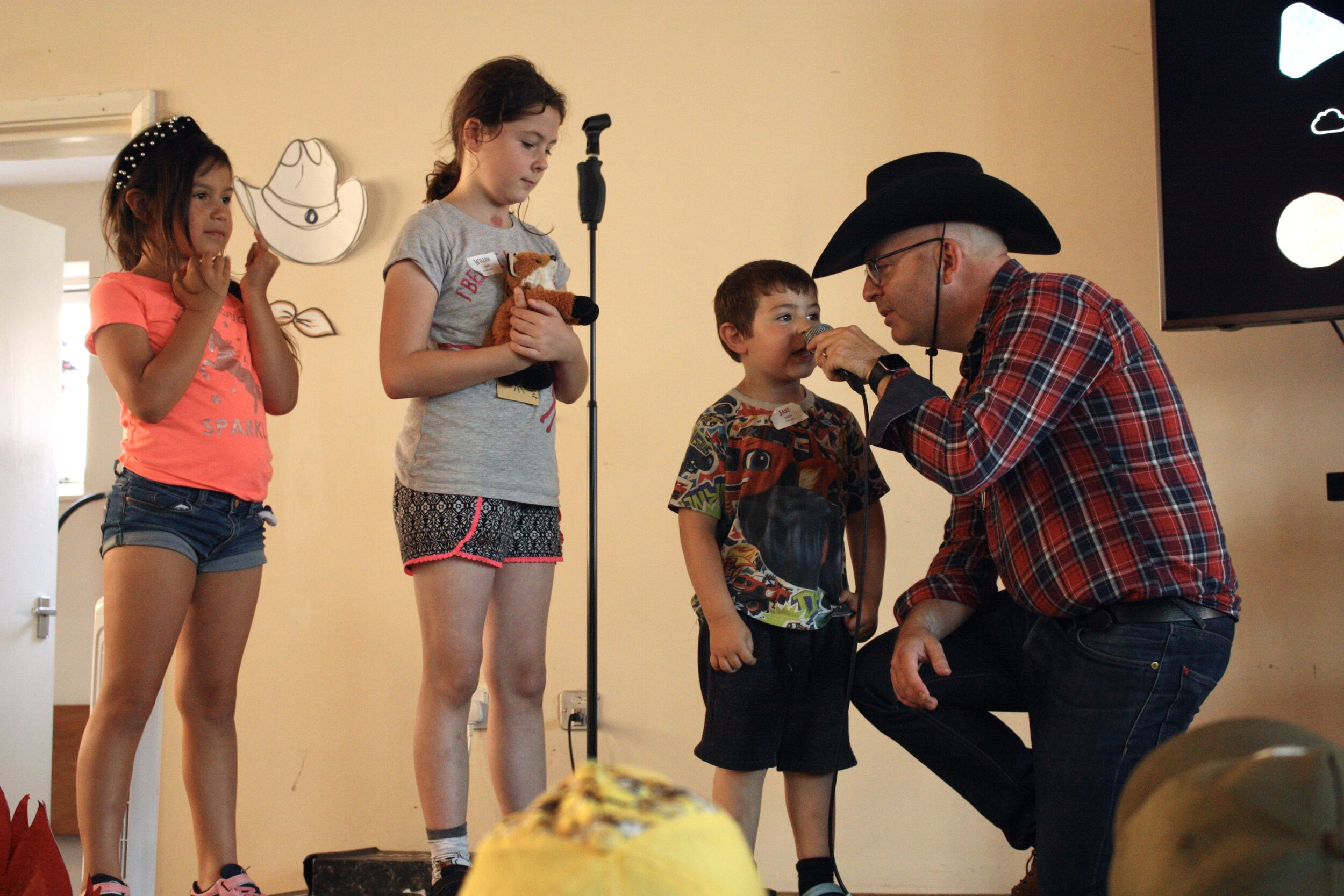 Show and Tell with the sheriff.JPG