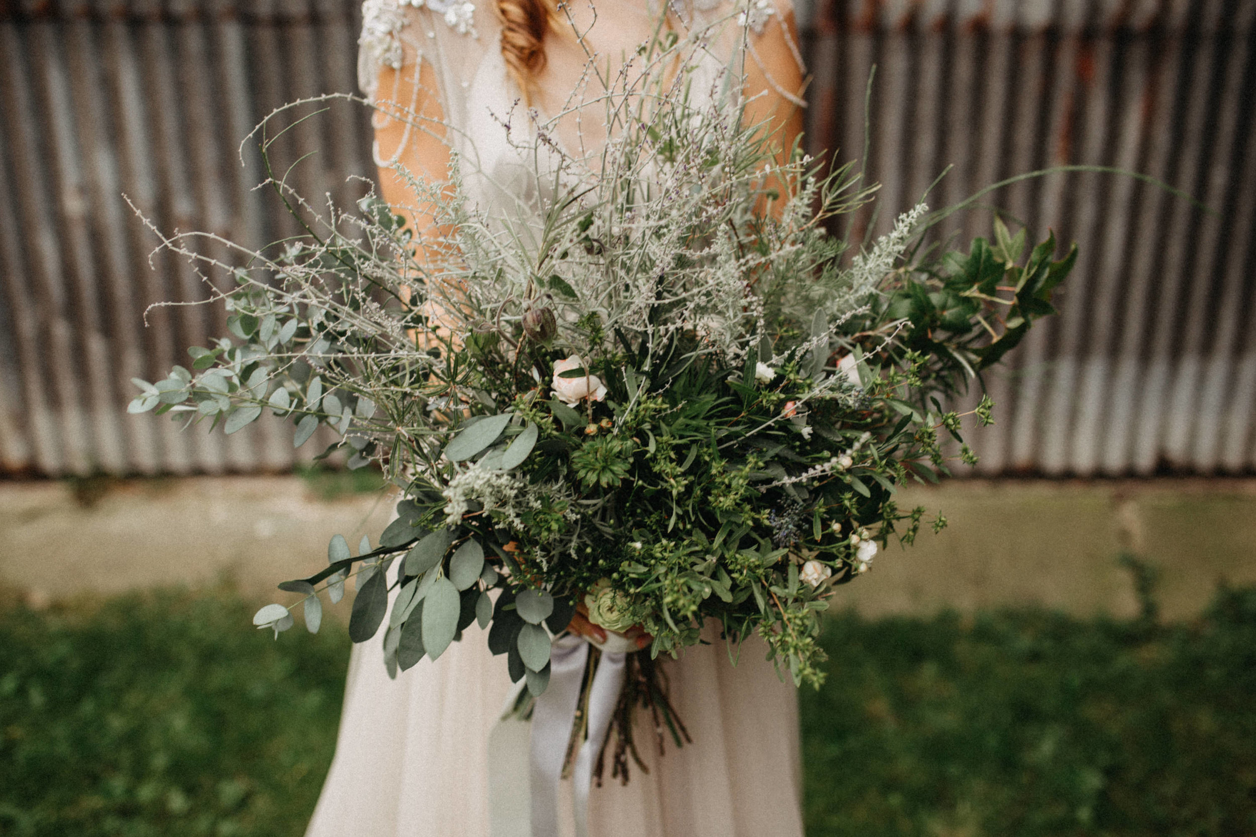 rustic farm wedding elikubikova