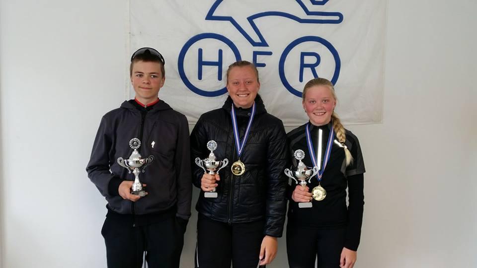 Dagur Eggertsson Íslandsmeistari í U17, Elísabet Kjartansdóttir í U17 og Katrín Kjartansdóttir í U15.