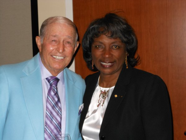 Renee Powell & Golf Legend Bob Toski at PGA Hall of Fame induction ceremony of Bill Powell.