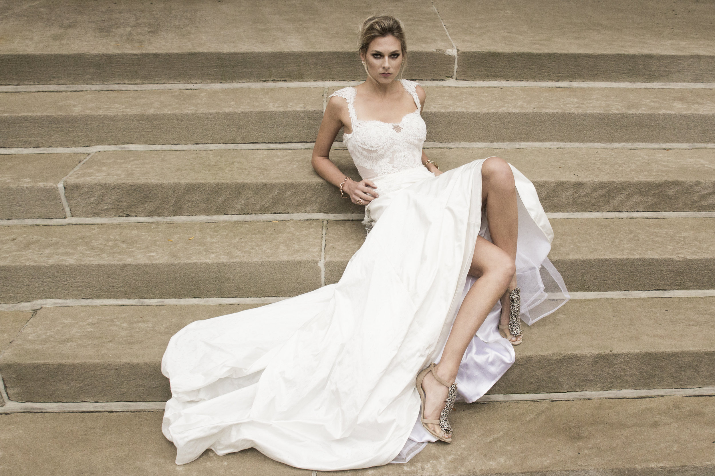 Whyte Couture Editorial by Ruben Tomas_04.jpg