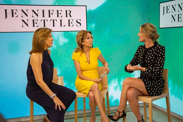 today on @todayshow : check out the beautiful, @jennifernettles chat with @klgandhoda about hard things, her new single #ICanDoHardThings, and 'Sorry Cake' from her family cookbook.  Check the #linkinbio to watch!