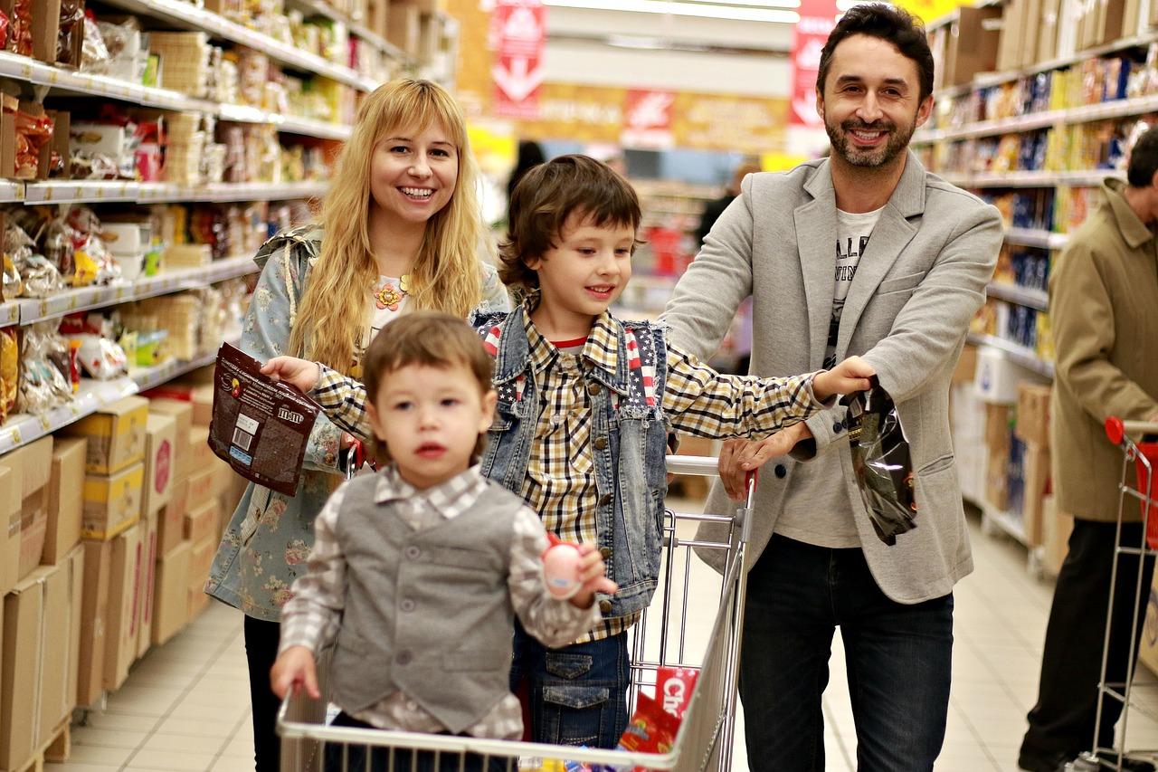 family-2923690_1280.jpg