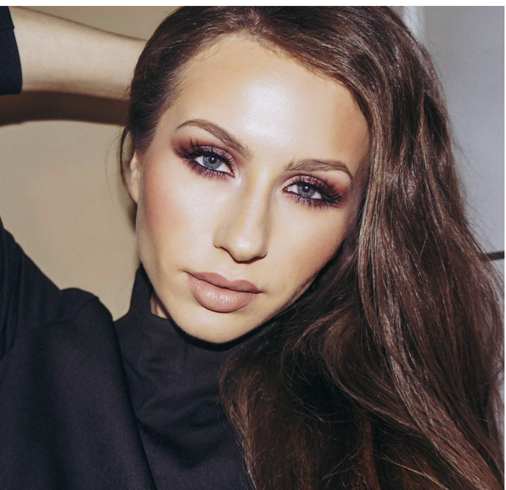"""The gift for the woman who takes her skin seriously"" -    Kat Gora MUA, International Model Video (click for video)"