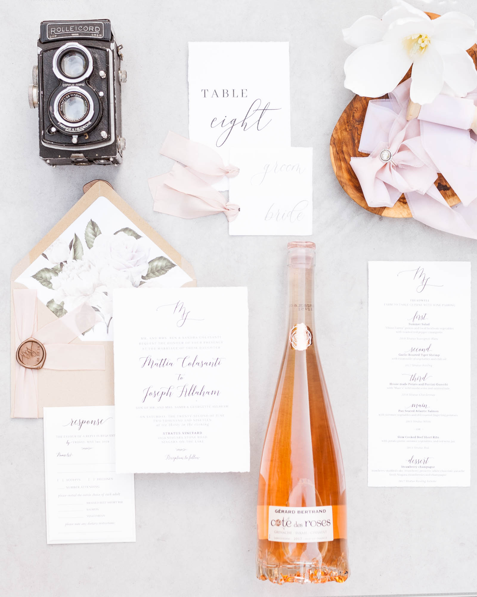 Sophie Fortier - Ottawa Wedding Photographer - hashtag paper - invitation suites