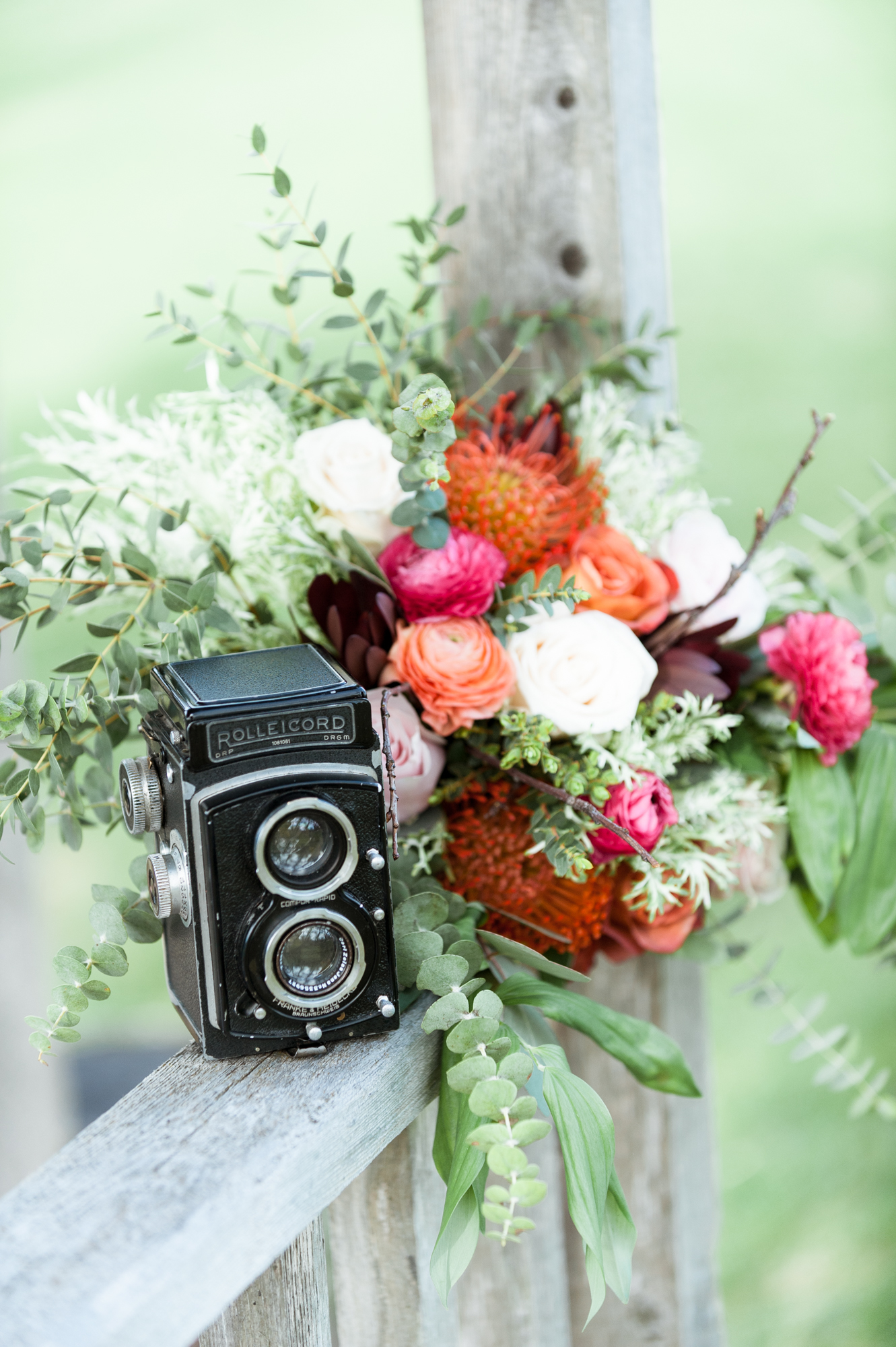 Sophie Fortier - Ottawa Wedding Photographer - stone blossom floral gallery