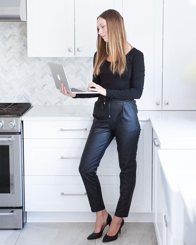Look at this badass. ⁠ LOOK AT HER! ⁠ Not many people could pull off standing in a kitchen with heels and a laptop in leather pants. Kelsey can. She also happens to own @hashtagpaper and makes the most beautiful stationery for weddings! ⁠ If you're looking to indulge in luxurious papers, colours and designs, Kelsey is your girl. ⁠ .⁠ .⁠ .⁠ .⁠ #OttawaWeddingPhotographer #OttawaWeddingVendors #SFBrides #OttawaPhotographer #ElopementPhotographer #RomancePhotographer #SophieFortierPhotography #OttawaElopementPhotographer #OttawaElopement #LetsElopeOttawa #RomanticWeddingPhotographer #ExperienceOverArt #OttawaBrandingPhotographer #OttawaBranding # BrandingPhotographer #BrandPhotography #BrandBuilding #ProductPhotography #OttawaProductPhotographer #Ottawa #OttawaSmallBusiness #BossBabe #Entrepreneur #OttawaEntrepreneur #SuportLocal #SupportLocalOttawa #SmallButMighty #SmallBusiness