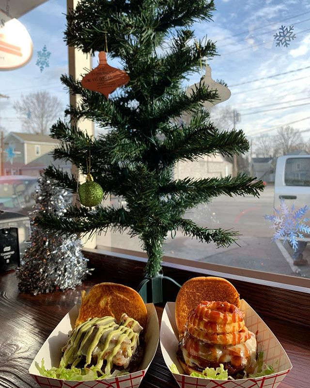 10 More Days Until Christmas but only 2 more days to choose an item from the Giving Tree and purchase an item for a family in need this Christmas and 1 more day to purchase a raffle ticket to win some Lexies Gifts!!!🎄🎄🎄🎄🎄🎄🎄🎄We also have two amazing Burger Specials today!!!! We have the Brussel Tousle and the Short and Sweet!! Check out our Facebook page to learn more!!!!!