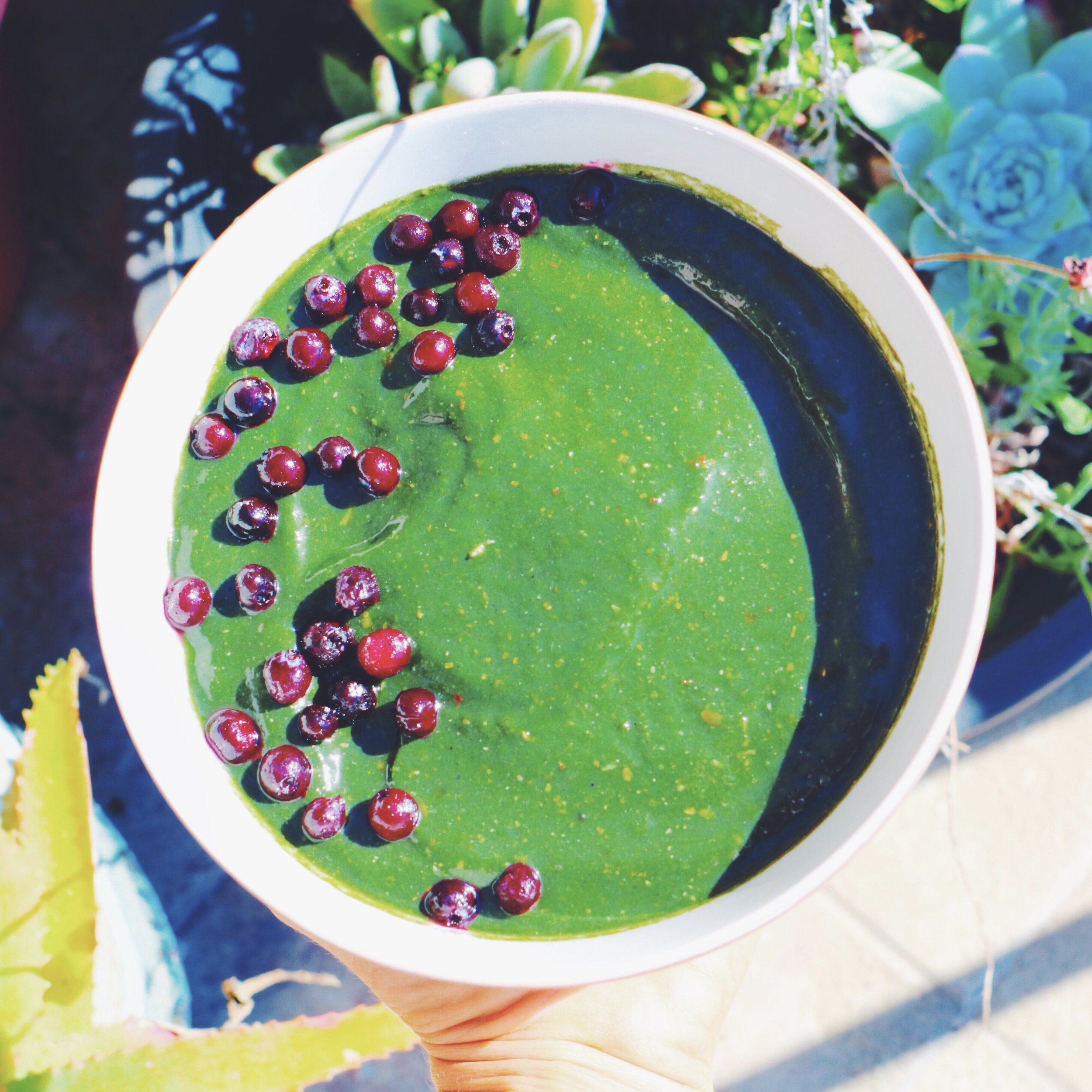 Tropical Super Greens & Charcoal Smoothie