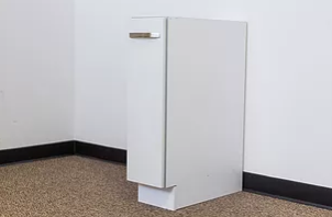 9 inch spice cabinet with door closed