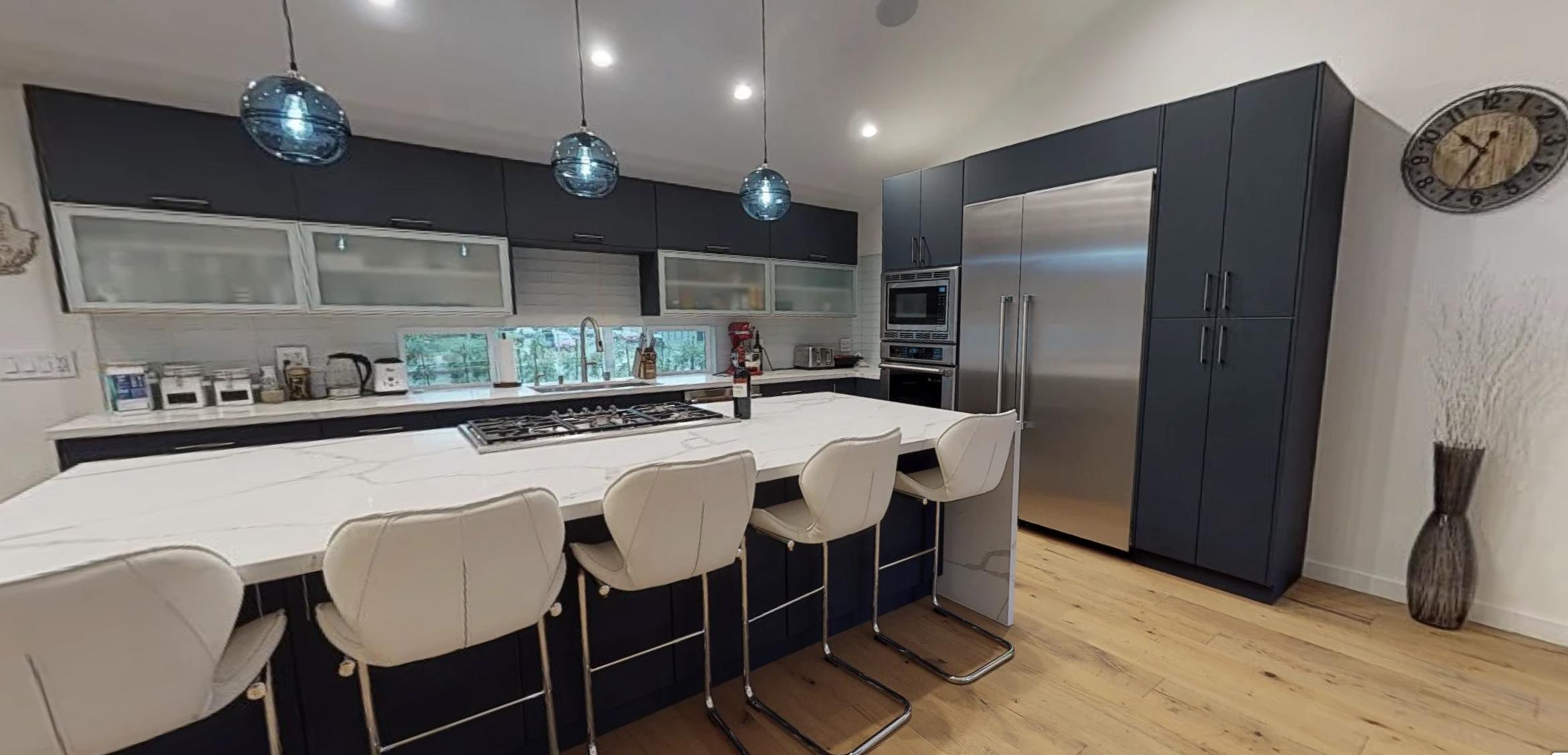 Tour a MIDNIGHT BLUE kitchen