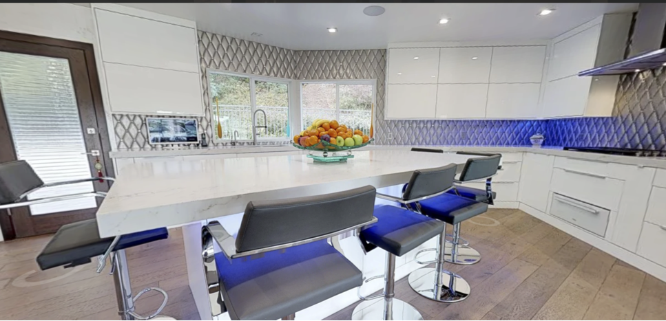 Tour a GLOSSY WHITE kitchen