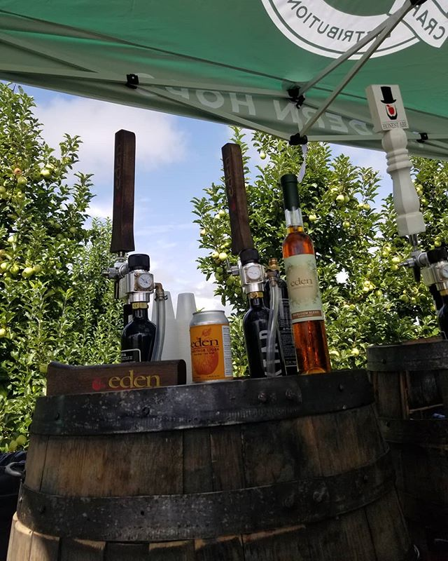 @edenciders Ice cider on draft? Naw but we are pouring bottles and Brut is on draft.  3 hours left. Come see us @mercierorchards cider fest.