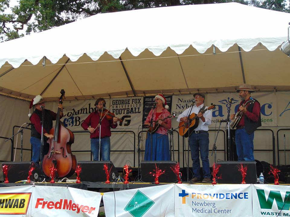 Newberg Old Fashioned restival 2016.jpg