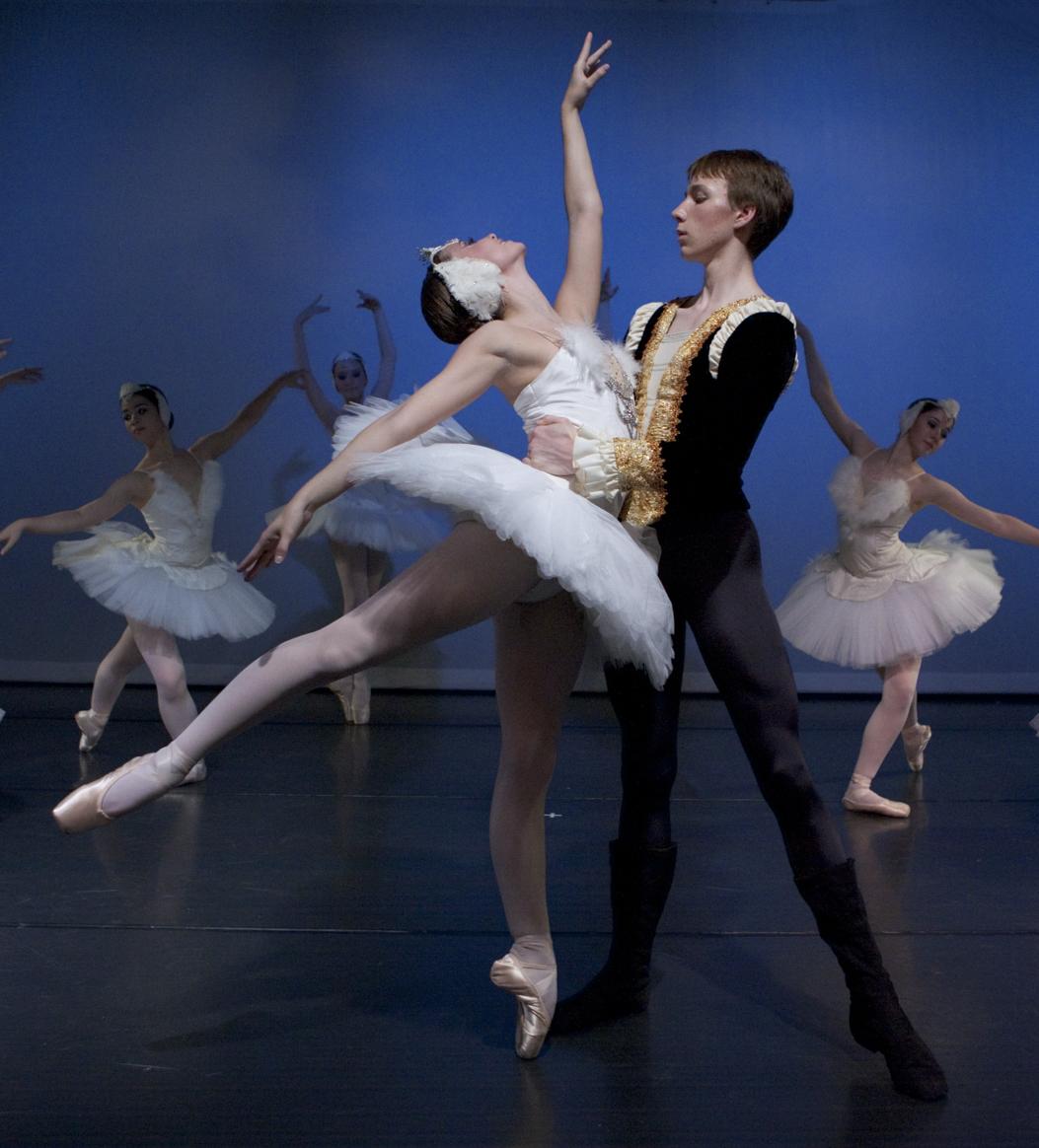 Swan Lake Pas de Deux   photo credit - Blaine Truitt Covert Dancers Maggie Rupp & Peter Deffebach