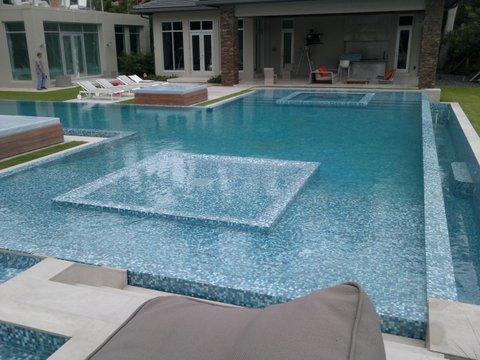 Woodfield Pool Spa - 04.jpg