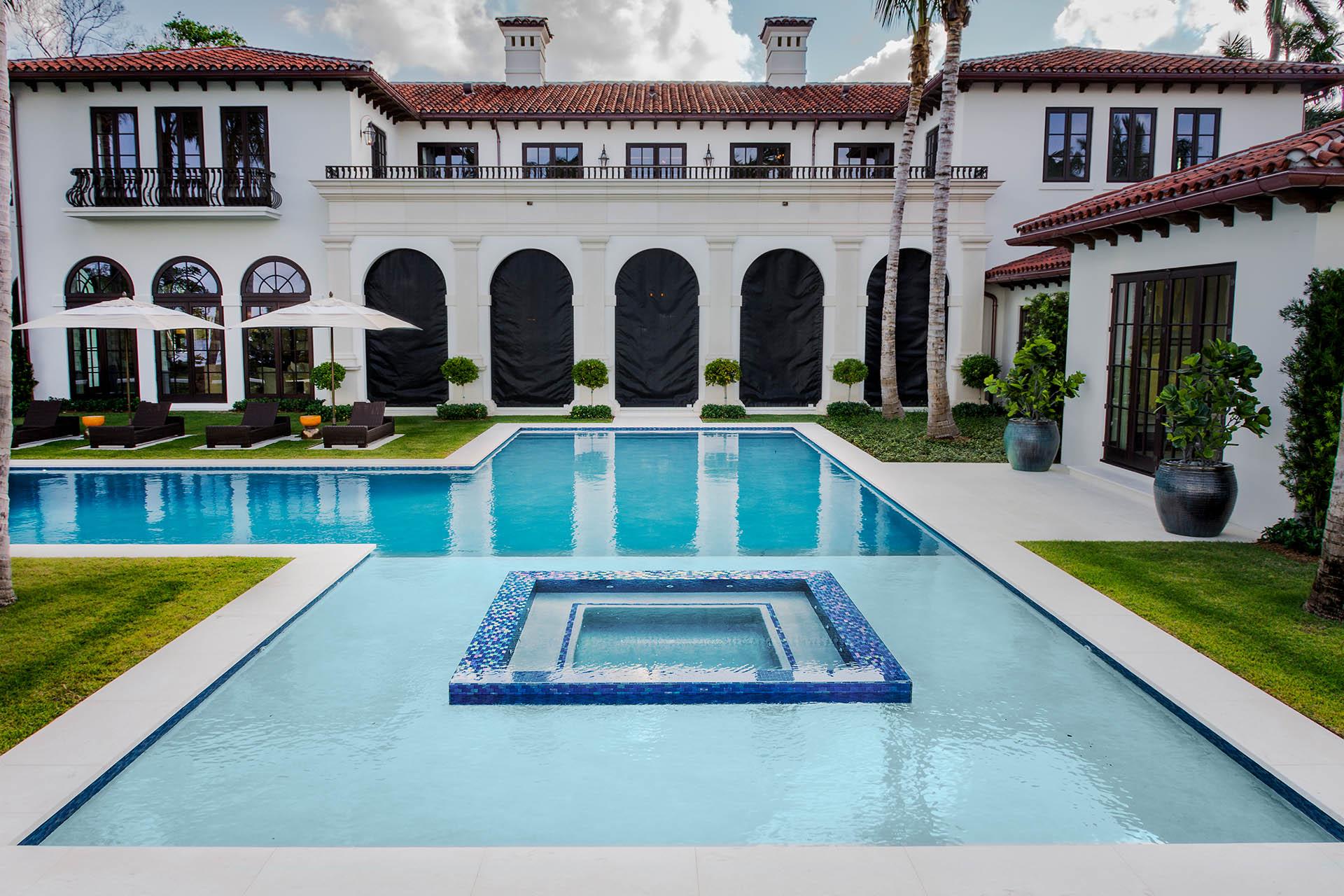 West Palm Beach Pool + Spa