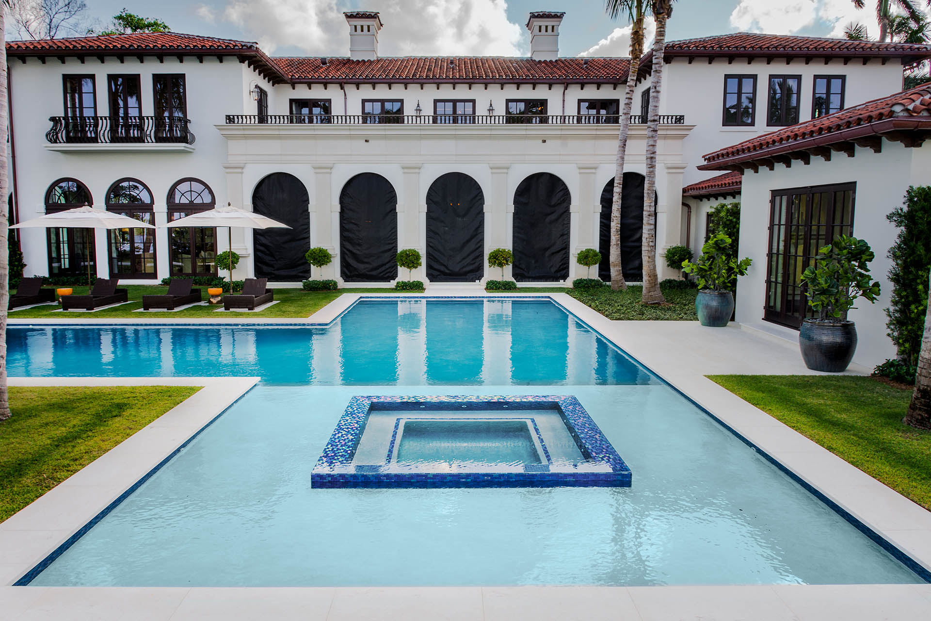 Custom Swimming Pool and Spa - West Palm Beach, Florida